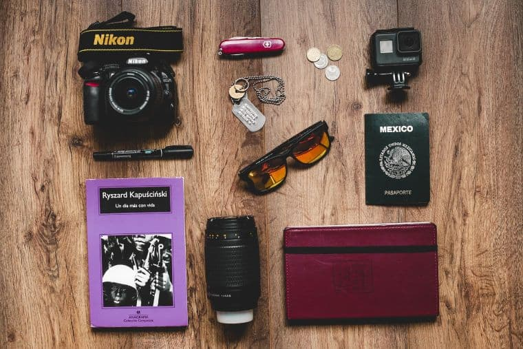 men's travel essentials you must have